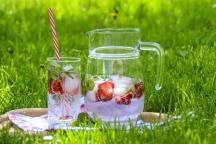 strawberry-drink-1412313_1920.jpg